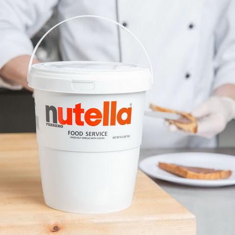 Nutella теперь продаётся в огромных 3-килограммовых контейнерах.