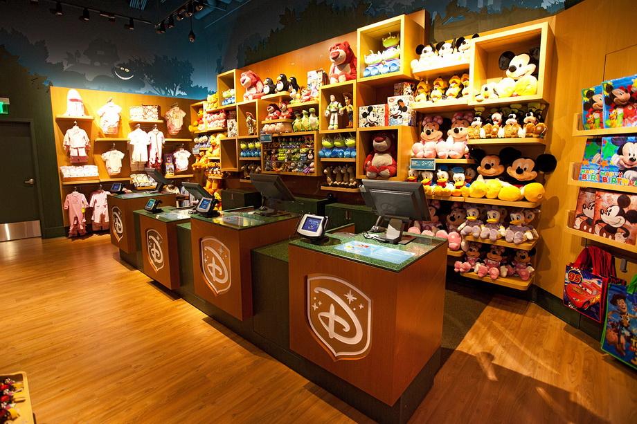 3e783f77357 Walt Disney откроет магазины игрушек и одежды в России