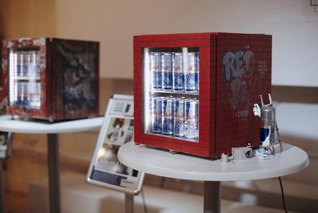 Выставка мини-кулеров The Canvas Cooler сделала первую остановку в Москве