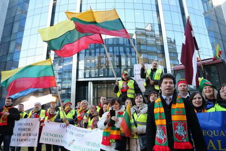 Балтийские фермеры выскажут протест Брюсселю